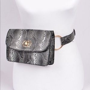 🆕 Faux Snake Skin Belt Bag
